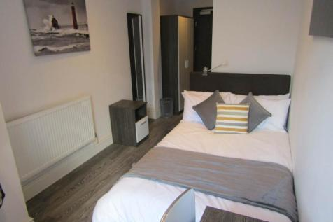 Flat 3, Room 3, Broadway, City Centre, Peterborough. 1 bedroom house share