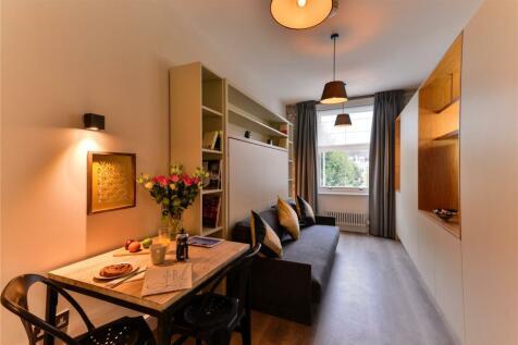 Linden Gardens, London, W2. Studio apartment