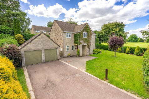Bownham Park, Rodborough Common. 4 bedroom detached house