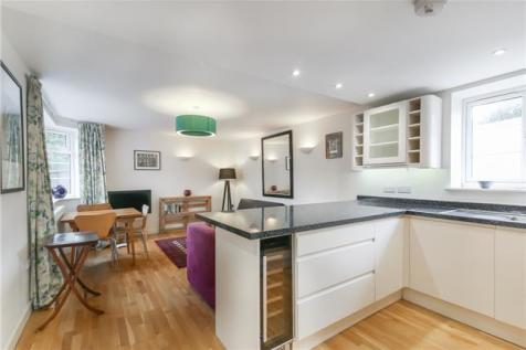 Howard Court, Peckham Rye, London, SE15. 2 bedroom apartment for sale