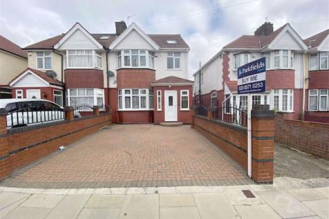 Masefield Avenue, Southall, Middlesex. 4 bedroom semi-detached house for sale