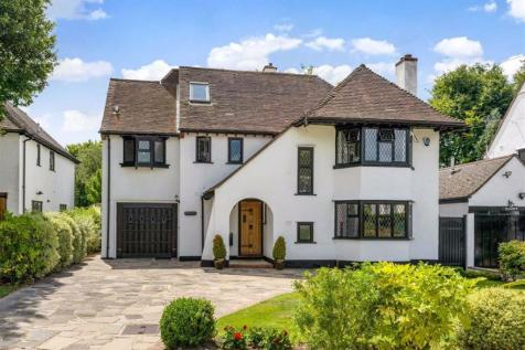 The Chenies, Petts Wood, Kent. 5 bedroom detached house