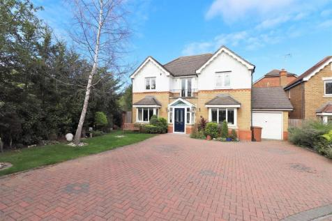 Carnet Close, Crayford, Dartford. 4 bedroom house