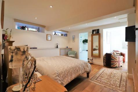 Coniston Road, Bexleyheath. 4 bedroom house for sale