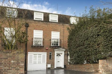 BELSIZE ROAD, NW6 4RD. 3 bedroom terraced house