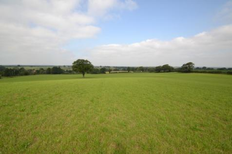 Land at Alkington and Brickwalls, Alkington, Whitchurch. Farm land for sale