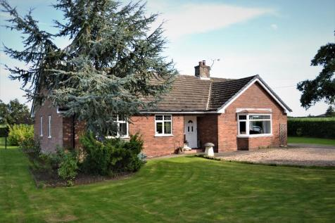 Greenacres, Rookery Lane, Burleydam, Whitchurch, SY13. 3 bedroom detached house