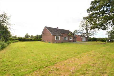 Meadow Brook, Lower Heath, Prees, Whitchurch, SY13. 4 bedroom detached house