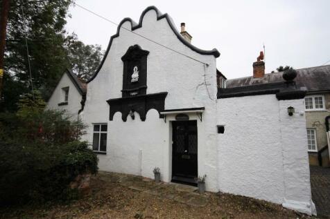 Gatton Park , Reigate, Surrey. 4 bedroom mews house for sale