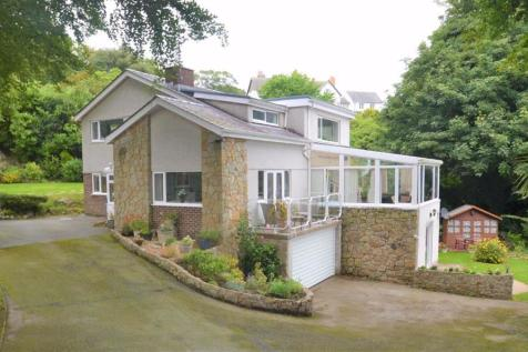 Brynteg Lane, Menai Bridge, Anglesey. 5 bedroom detached house