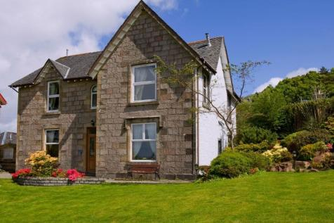 The Old Manse, Dalriach Road, Oban, Argyllshire, PA34. 8 bedroom detached villa