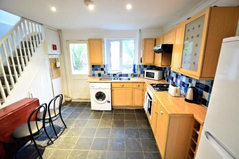 Clarendon Road, Hove, BN3. 4 bedroom terraced house