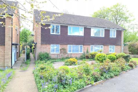 Cookfield Close, Dunstable, Bedfordshire, LU6 property