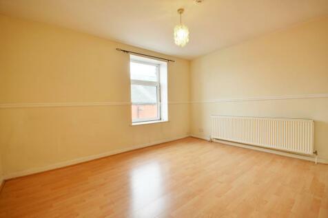 1 Bed Flat - George Street, Rishton, Blackburn. 1 bedroom flat