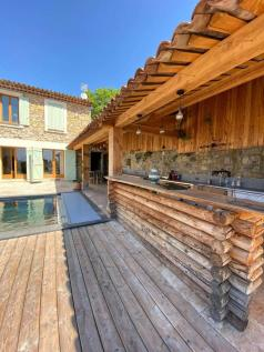 Provence-Alps-Cote d`Azur, Var, Montauroux. 5 bedroom villa for sale