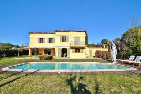 Provence-Alps-Cote d`Azur, Alpes-Maritimes, Opio. 4 bedroom villa for sale