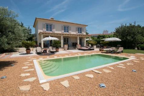 Algarve, Almancil. 4 bedroom villa for sale