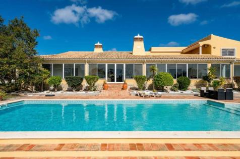 Algarve, Loulé. 5 bedroom villa for sale