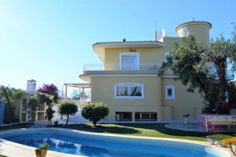 Algarve, Almancil. 6 bedroom villa for sale