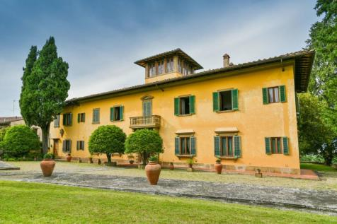Tuscany, Florence, Florence. 9 bedroom villa for sale