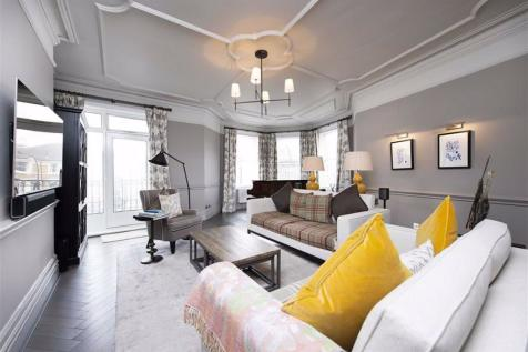 Arkwright Road, Hampstead, London. 5 bedroom flat for sale