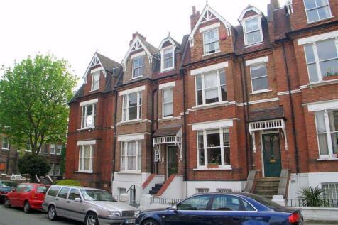 Willoughby Road, Hampstead. Studio flat