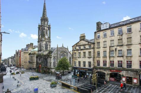 3 Fleshmarket Close, Old Town, Edinburgh, EH1 1QA. 1 bedroom flat