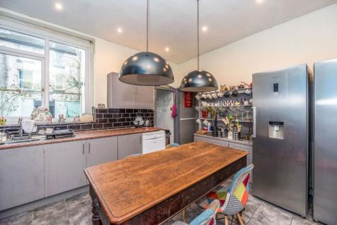 12 Hampstead Road, Fairfield, Liverpool, L6 8NG. 8 bedroom terraced house