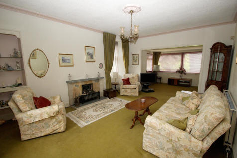 Gowanfield, Seaforth Road, MUIR OF ORD, IV6 7TA. 4 bedroom detached villa for sale