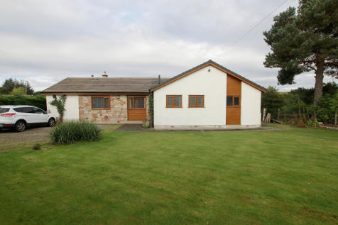 Cairns, Milton of Clava, Culloden Moor, INVERNESS, IV2 5EL. 4 bedroom detached bungalow for sale