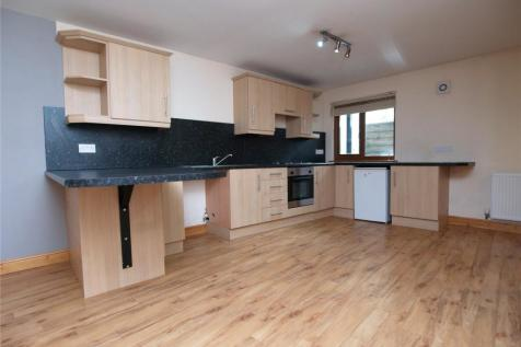 High Street, Builth Wells, Powys, Mid Wales - Apartment / 2 bedroom apartment for sale / £59,950