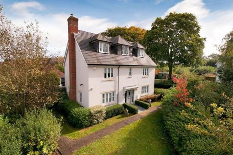 Walking Distance To Primary Schools, Kings Hill Village. 6 bedroom detached house for sale