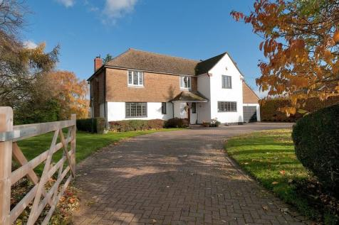 Stunning Five/Six Bedroom Residence, Far Reaching Views, Birling. 5 bedroom detached house