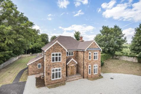 Executive Residence - East Farleigh Village Fringes. 6 bedroom detached house