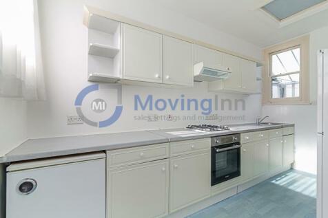 Newlands Park, Sydenham, SE26. 1 bedroom flat