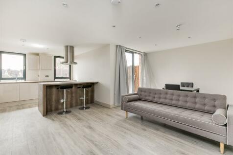 Longview Amesbury Avenue, Streatham Hill, SW2. 2 bedroom apartment