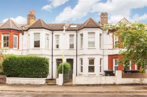 Southfield Road, London. 3 bedroom flat