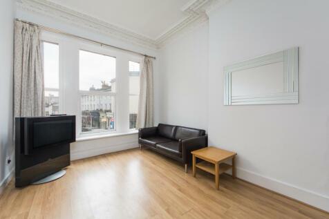 Earls Court Road, Earls Court, SW5. 1 bedroom apartment