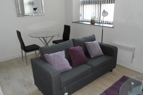 2 Mill Street, City Centre, Bradford, BD1. Studio apartment