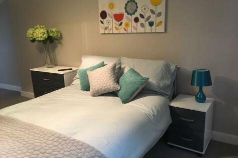 Trinity Street, Oldham,. 5 bedroom house share