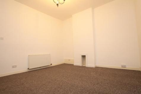 High Street, Alloa, FK10. 2 bedroom flat