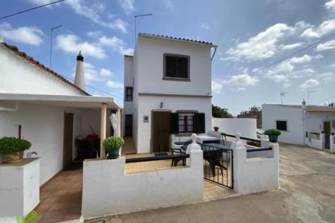 Boliqueime, Algarve. 2 bedroom town house for sale
