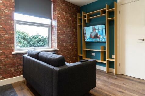 Studio 6, 18 Somerset Road, Huddersfield, HD5. 1 bedroom apartment