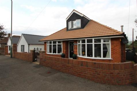 Underwood, Caerphilly. 5 bedroom detached house