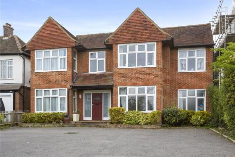 Hadlow Road, Tonbridge, Kent, TN9. 6 bedroom detached house for sale