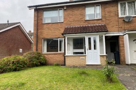 Fladbury Crescent, Selly Oak, Birmingham, West Midlands, B29. 3 bedroom house