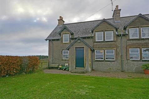 9 Hatchednize Farm Cottages, Coldstream. 2 bedroom end of terrace house
