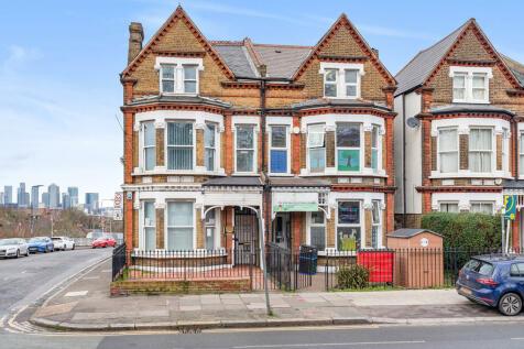 Charlton Road, Blackheath. 6 bedroom semi-detached house for sale