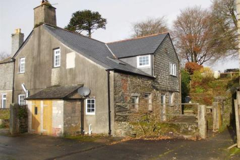 Dobwalls. 3 bedroom terraced house