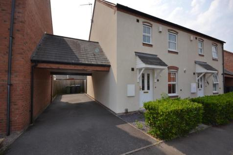 St. Peters Way, Stratford-Upon-Avon. 3 bedroom house
